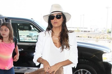Eva Longoria Eva Longoria Catches A Flight At LAX