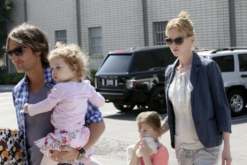 Faith Urban Nicole Kidman and Keith Urban Take The Kids to a Party