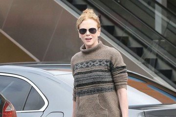Faith Urban Nicole Kidman Takes Her Daughter To Dance Class