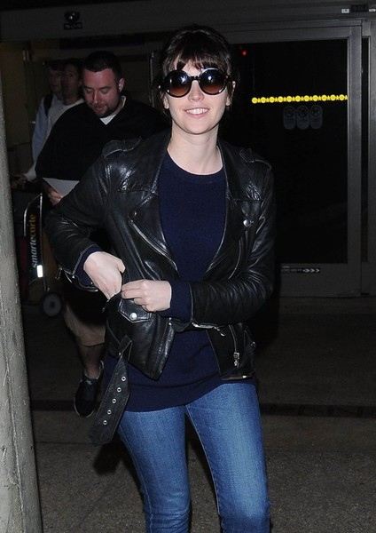 Felicity Jones - Felicity Jones Touches Down At LAX