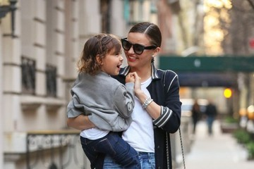 Flynn Bloom Miranda Kerr Heads To Dinner With Flynn