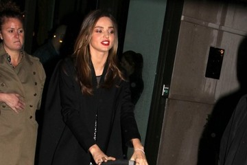 Flynn Bloom Miranda Kerr Gives Her Son a Lift