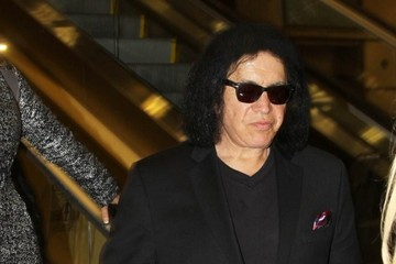 Gene Simmons Gene Simmons & Shannon Tweed Touch Down In D.C.