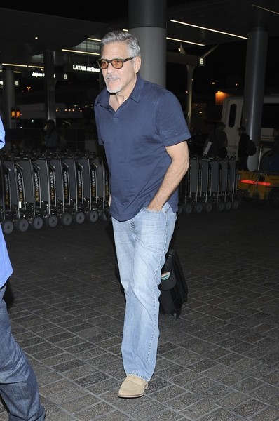 George at LAX, departs for London 03/29/17 George+Clooney+Departs+LAX+ZNw6wPzKV0Dl