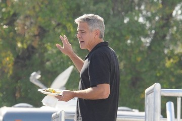 George Clooney Stars Perform on the Set of 'Suburbicon'