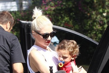 Gwen Stefani Gwen Stefani Takes Her Boys to Church