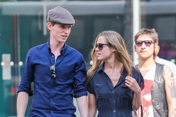 Hannah Bagshawe Eddie Redmayne and Hannah Bagshawe Walk in NYC
