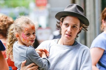 Harlow Madden Nicole Richie and Samantha Ronson Go Shopping