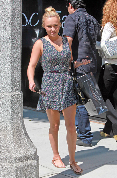 Hayden Panettiere Out Shopping In Beverly Hills