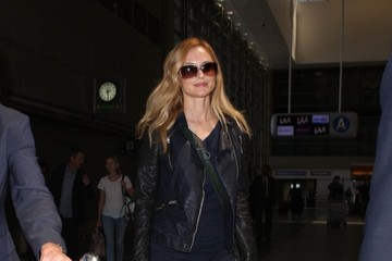 Heather Graham Heather Graham Leaves LA