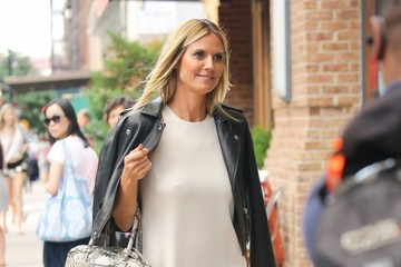 Heidi Klum Heidi Klum Arrives to Her Hotel in NYC