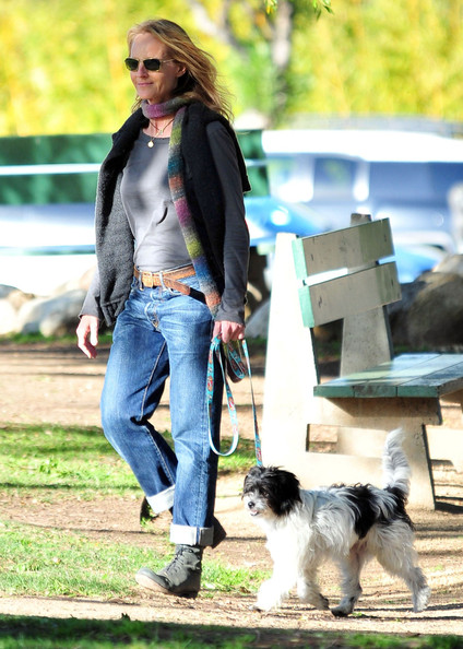 Helen hunt pictures helen hunt and daughter at a dog for Dog boarding santa monica