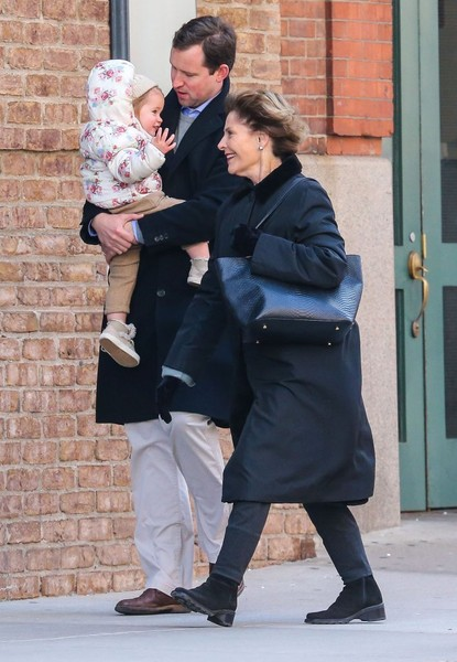 Laura Bush Out With Her Daughter and Granddaughter