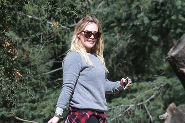 Hilary Duff Hilary Duff Takes Luca to TreePeople Park