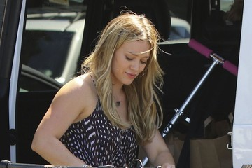 Hilary Duff Hilary Duff and Son Luca Go Grocery Shopping
