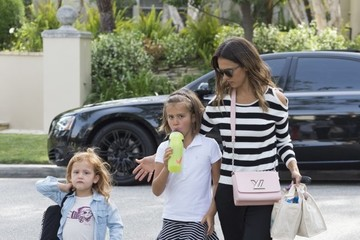 Honor Warren Jessica Alba and Her Daughters Visit a Friend in BH