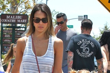 Honor Warren Jessica Alba and Family Out Shopping in Malibu