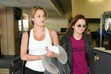 Hunter King Joey and Hunter King Catch a Flight at LAX