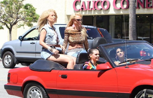 Britney Spears & Iggy Azalea Film A Music Video In Studio City