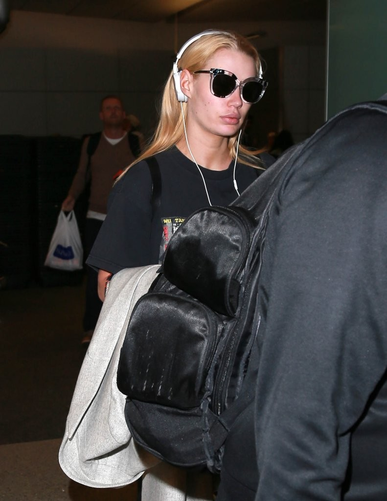 Iggy Azalea Arrives at LAX Airport in Los Angeles 07/30/2016