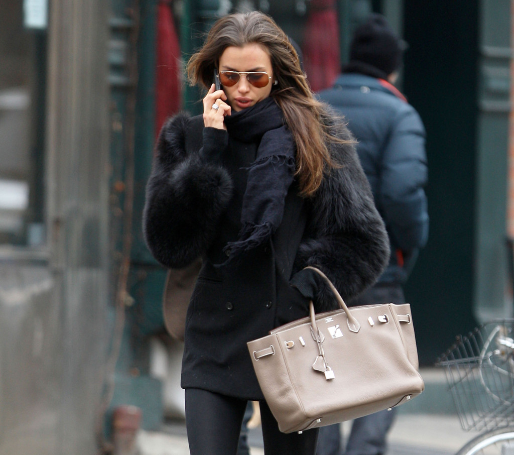 Irina Shayk Zimbio Irina Shayk Walking And