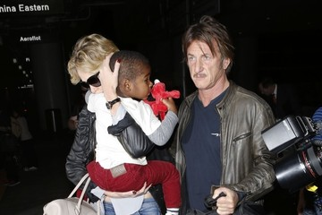Jackson Theron Sean Penn and Charlize Theron Land at LAX