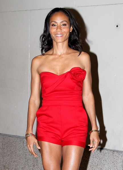 Jada Pinkett Smith - Jada Pinkett Smith Rocks Some Red