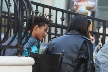 Jaden Smith Kylie Jenner Kylie Jenner and Jaden Smith Lunch with Friends