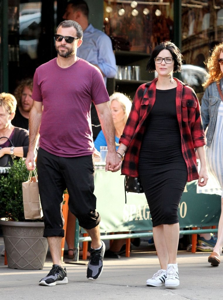 This Is Us Mandy Moore and Milo Ventimiglia reunite for