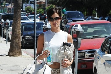 Jaimie Alexander Jaimie Alexander Goes Shopping in Studio City