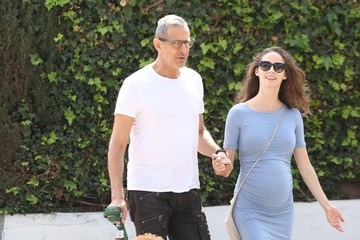 Jeff Goldblum Jeff Goldblum and His Wife Walk Their Dog