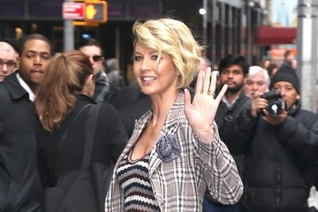 Jenna Elfman Celebrities Visit 'Good Morning America' in NYC