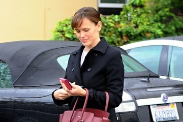 Jennifer Garner Jennifer Garner Gets Lunch in Brentwood
