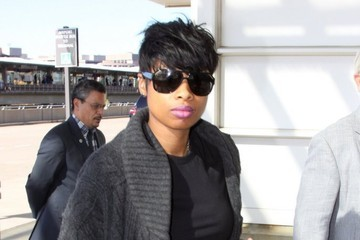 Jennifer Hudson Jennifer Hudson Catches a Flight