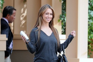 "Jennifer Love Hewitt Jennifer Love Hewitt on the Set of ""The Client List"""