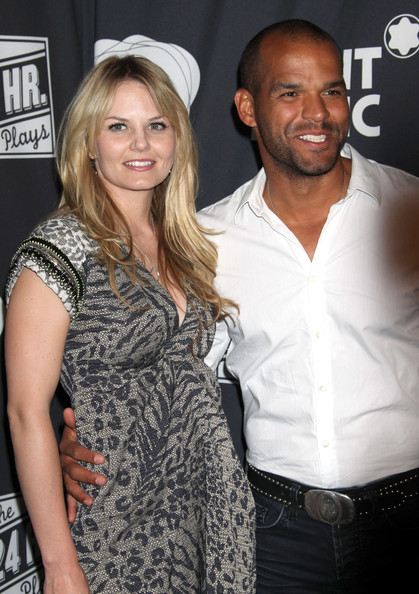 amaury nolasco dating jennifer morrison Who is jennifer morrison dating  is jennifer morrison still dating amaury nolasco i don't think so, she has been alone in her last events share to.