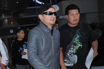 Jeremy Renner Jeremy Renner Arriving On A Flight At LAX