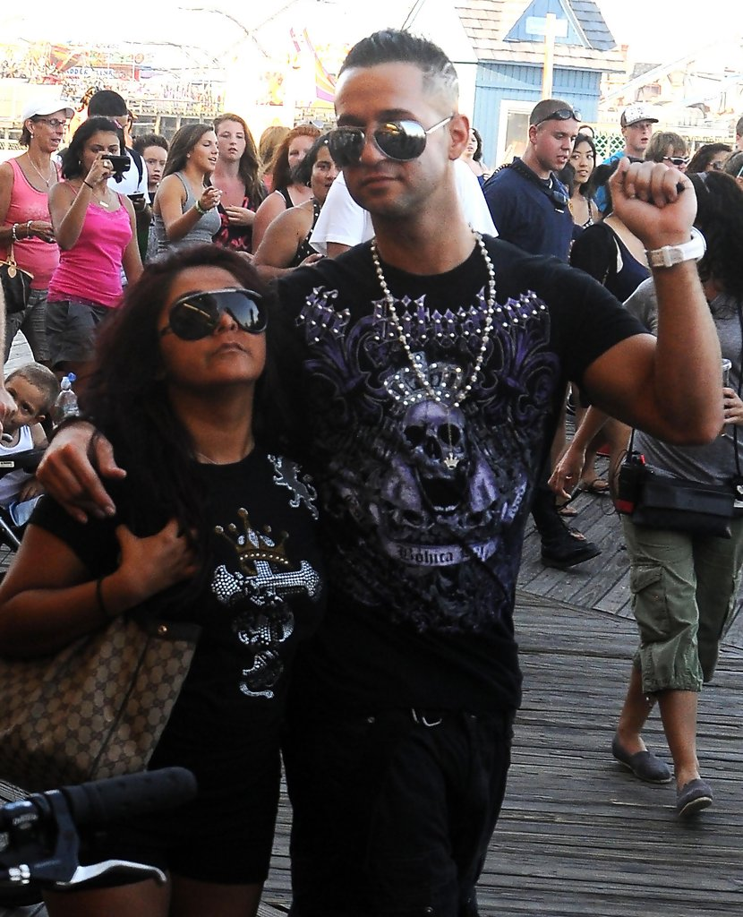 "Nicole Polizzi In ""Jersey Shore"" Filming In Seaside"