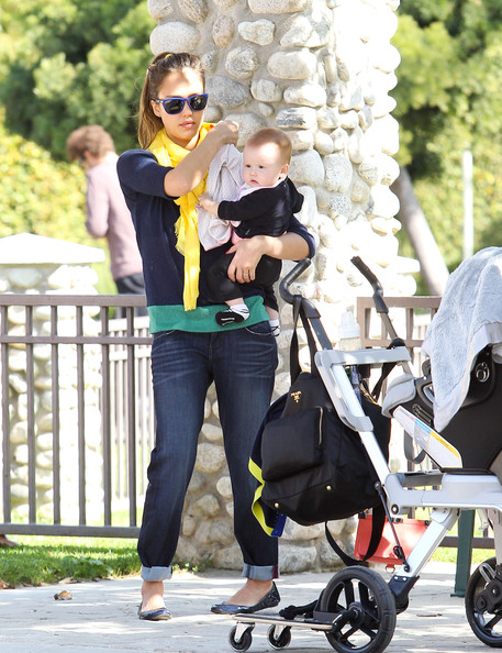 Jessica Alba And Family Enjoy A Day At The Park