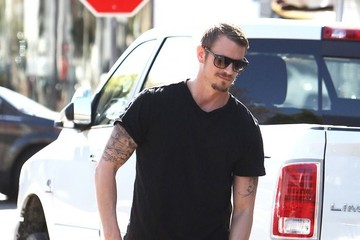 Joel Kinnaman Joel Kinnaman Lunches at King's Road Cafe