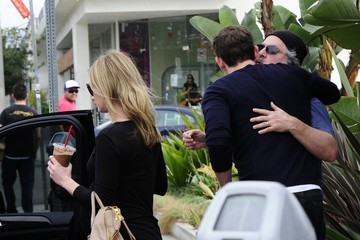 John Krasinski Emily Blunt and John Krasinski Hang in Hollywood