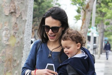 Jordana Brewster Jordana Brewster Stops by Whole Foods With Her Son