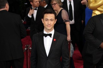 Joseph Gordon-Levitt Arrivals at the 86th Annual Academy Awards