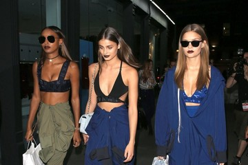 Josephine Skriver Taylor Hill Taylor Hill, Jasmine Tookes, and Josephine Skriver Head Out in NYC