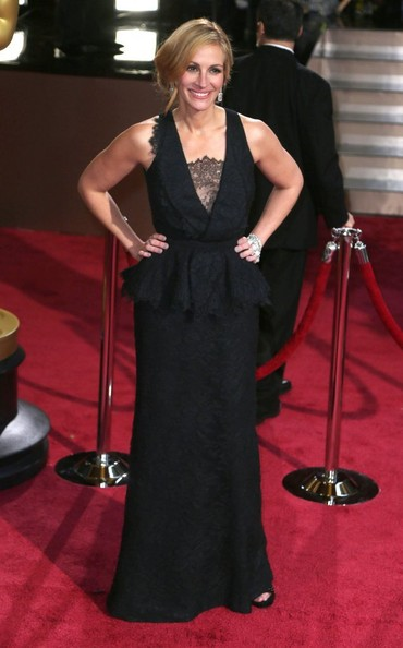 Julia Roberts - Arrivals at the 86th Annual Academy Awards — Part 8