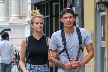 Julian Herrera Hailey Clauson & Julian Herrera Out And About In NYC