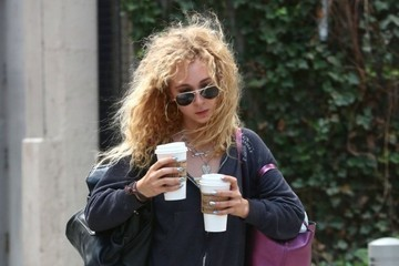 Juno Temple Juno Temple Gets Coffee for Two