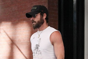 Justin Theroux Jennifer Aniston and Husband Justin Theroux Go Out in NYC