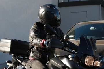 Justin Theroux Justin Theroux Rides His Motorcycle in Los Angeles
