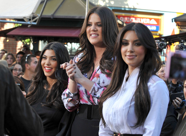 Kim+Kardashian in The Kardashian Girls At The Grove To Do An Interview On EXTRA